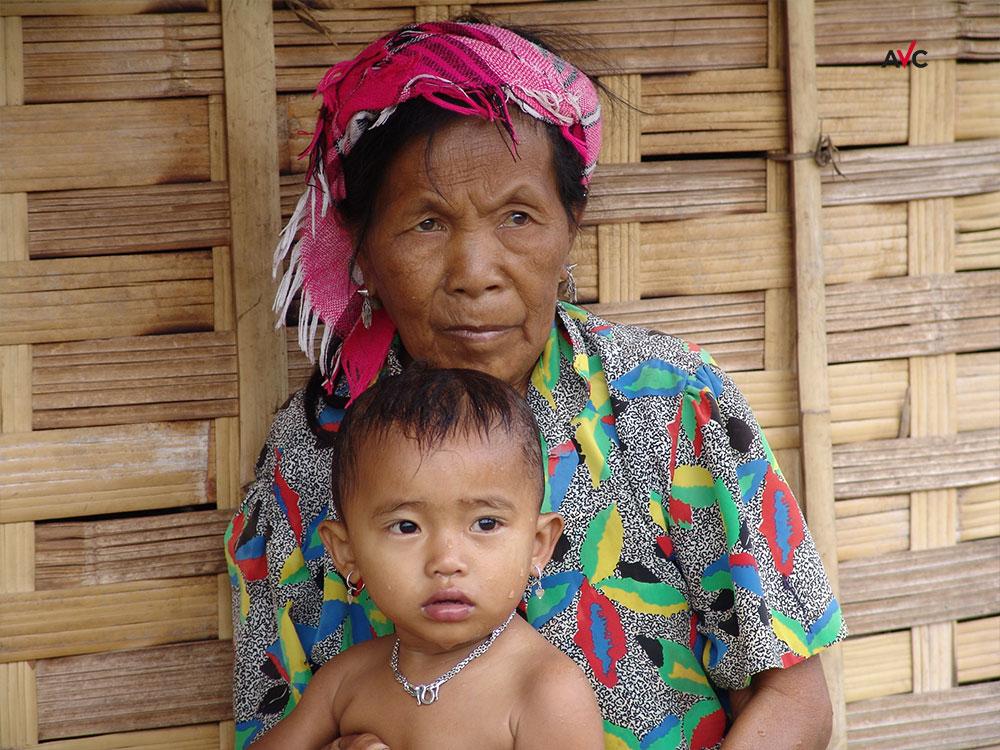 Laos: Unerreichte erreichen